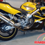yellow Honda CDR with yellow RimBlades wheel rim protectors